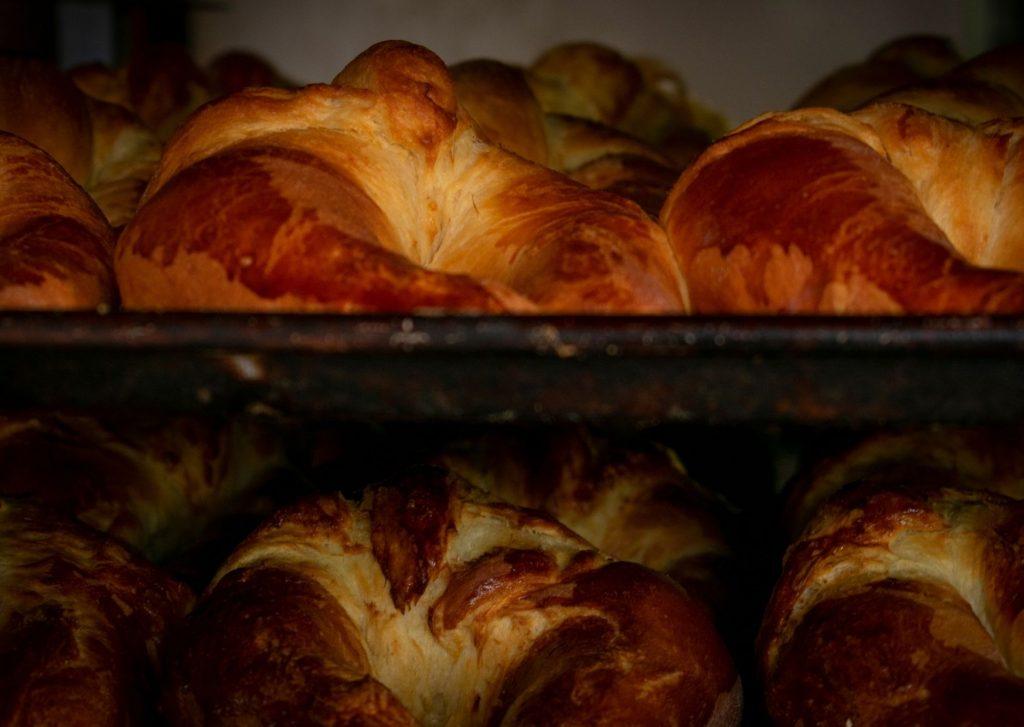 Panes chicos con forma de cuernitos