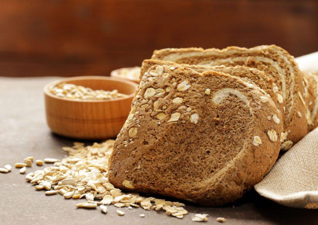 Pan de avena con sabor a ajo