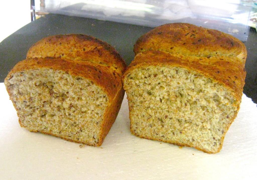 pan integral hecho con máquina de pan